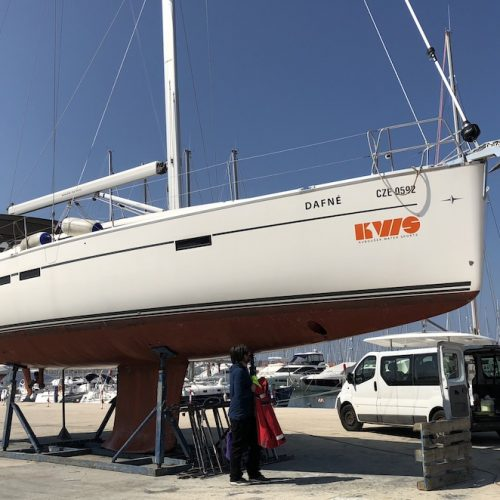 Bavaria Cruisers 46 & 51 spring cleaning
