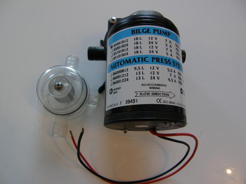 Membranska bilge pumpa